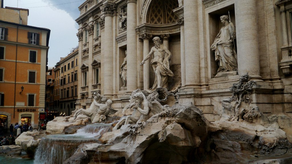 The Trevi Fountain | Rome Vacation Tips