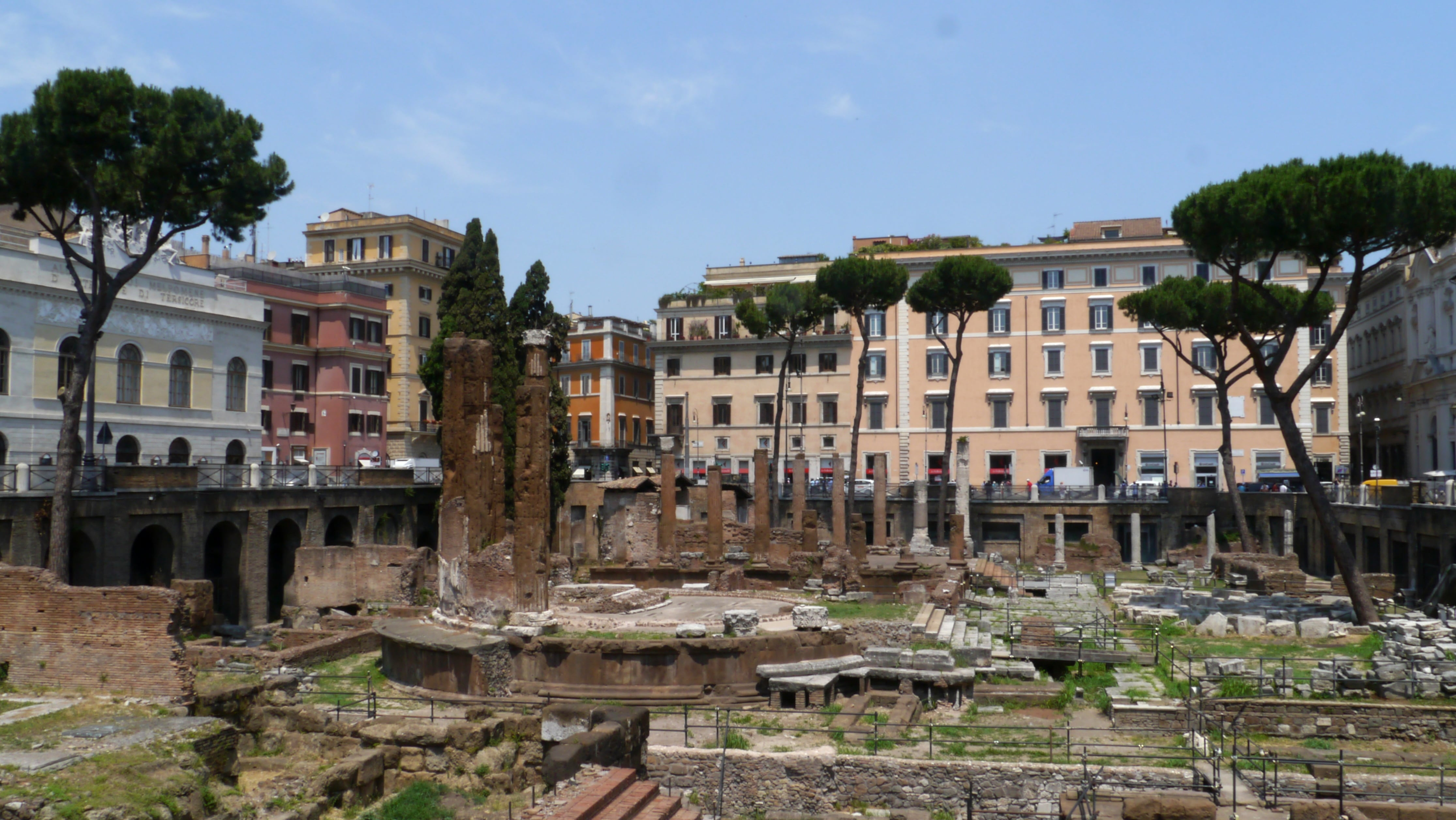 Self-guided walking tour around the ancient city