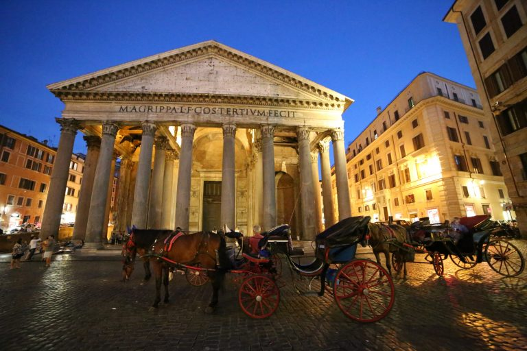 Pantheon at night. Rome Vacation Tips.