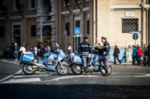 Police motorcycles in Rome - how to get emergency assistance